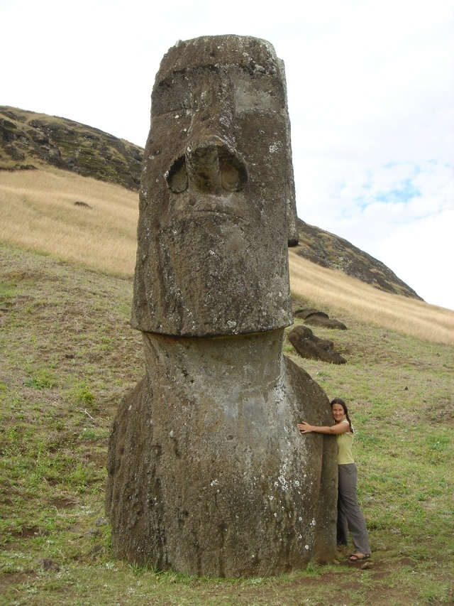 Zena Shapter Easter Island, Chile